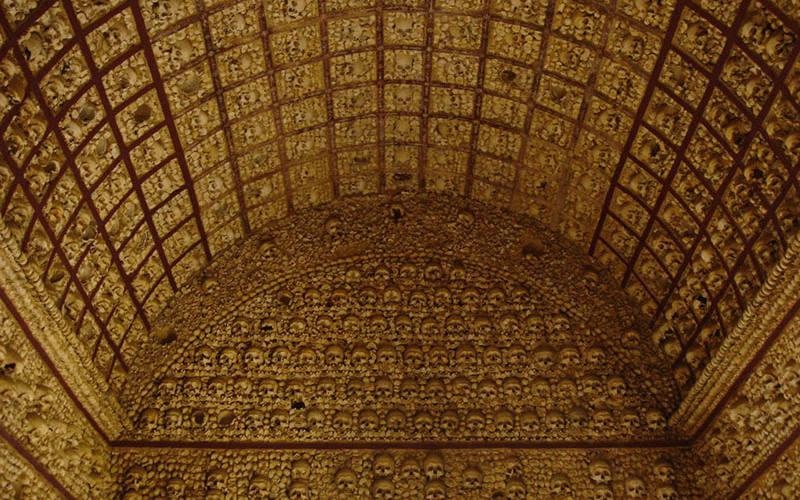 Capela dos Ossos - Chapel of Bones