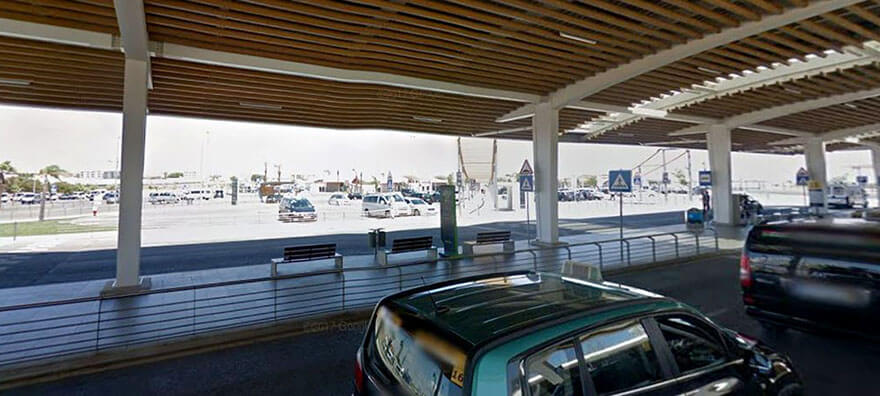 P0 - 'Kiss & Fly' Drop-Off Zone at Faro Airport