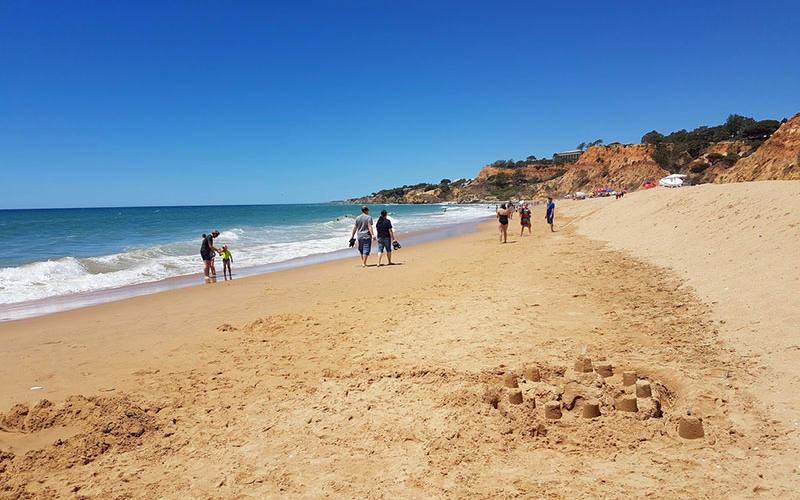 Praia da Falésia beach