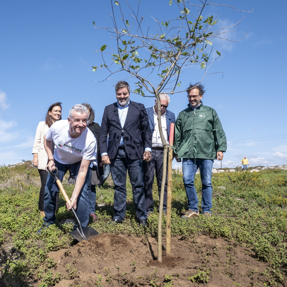 Ryanair Passengers Support Renature Monchique Project